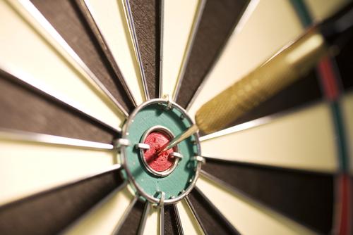 darts-bullseye